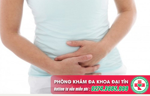 Thử que 2 vạch ra máu báo thai có đau bụng và đáng lo không?